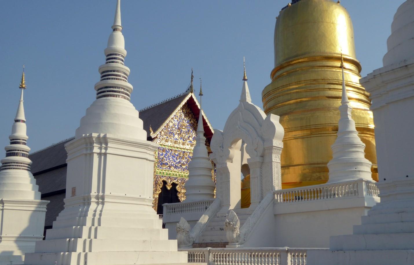 Pic4-城西門外的鬆達寺,據說金色的主塔下埋著佛陀的捨利.jpg